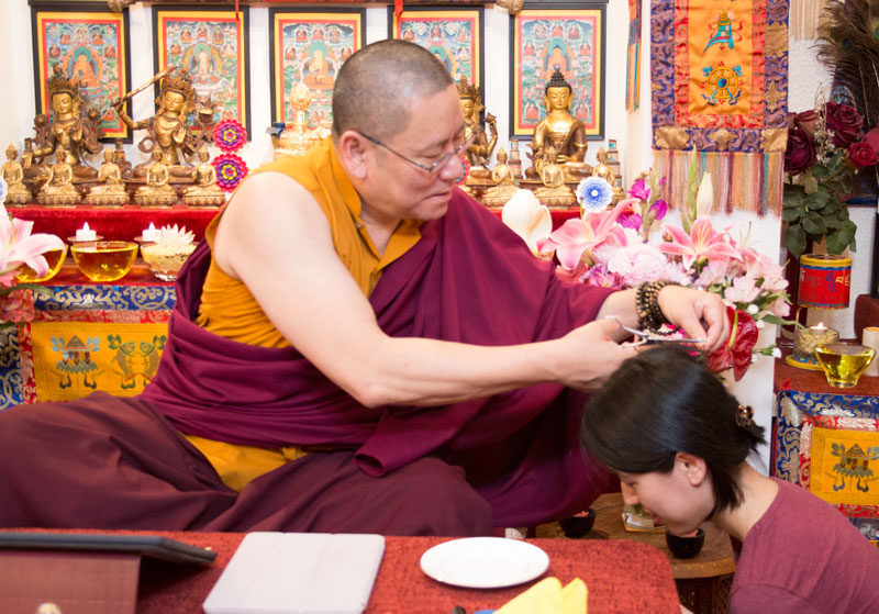 Ven. Lama Dondrup Dorje giving refuge to a student from Japan during the Pathgate Summer Retreat 2017
